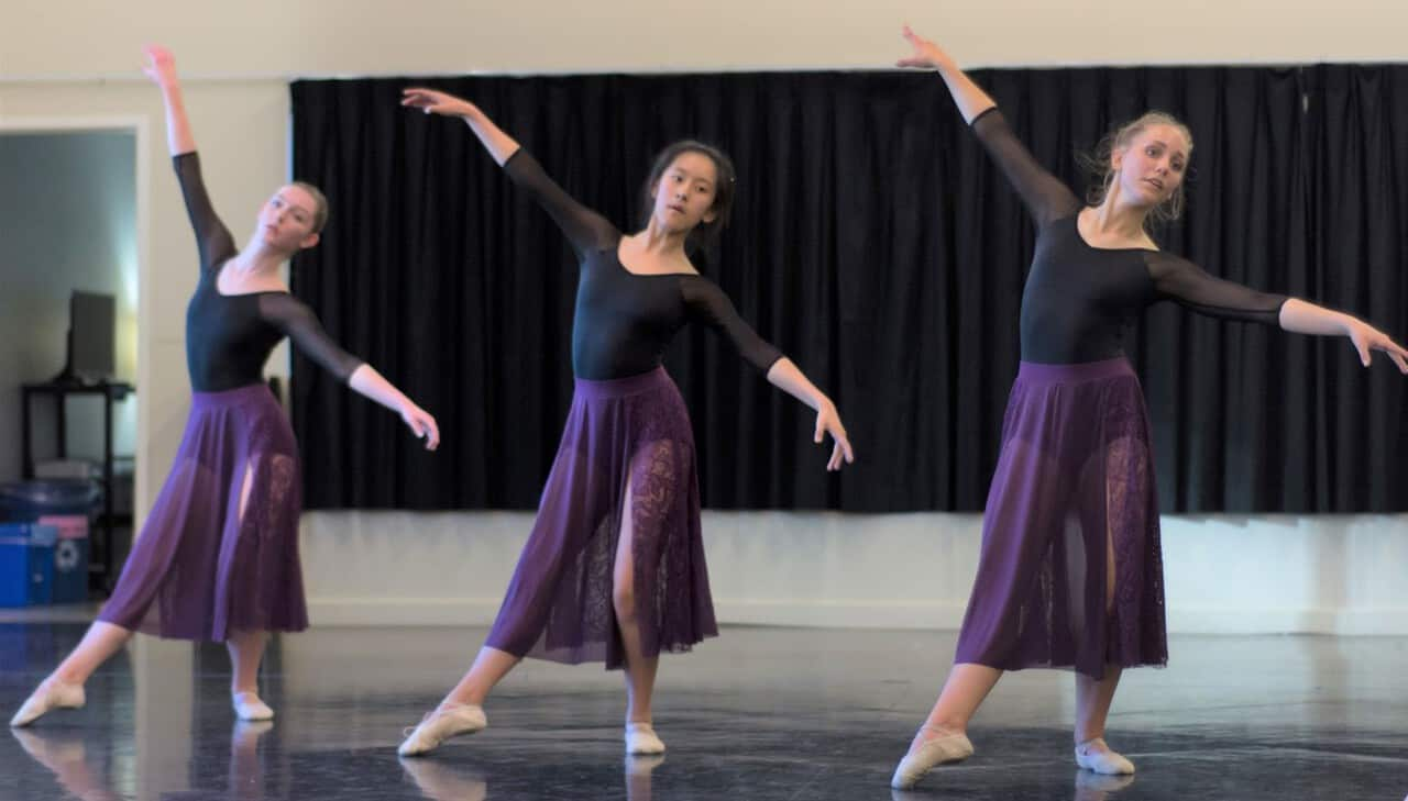 Child & Youth Classes – QUINTE BALLET SCHOOL OF CANADA